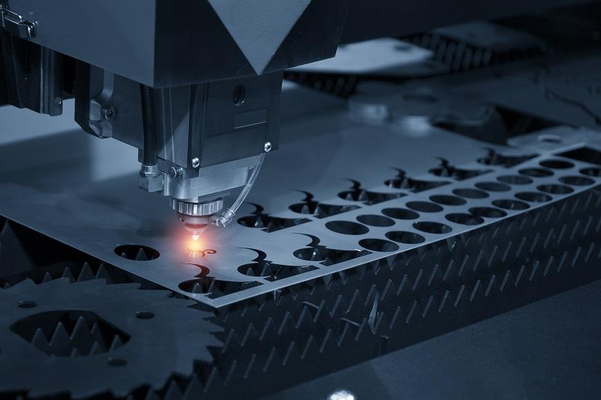 Cómo optimizar el consumo de materia prima en una fábrica de chapa